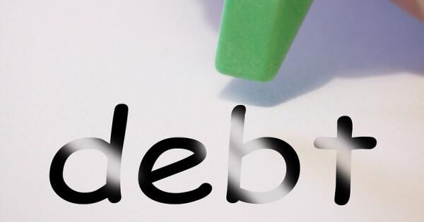 自己破産と任意売却